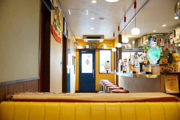 埼玉県白岡市にあるアメリカ。ハンバーガーショップSUN DOVE DINERの雰囲気が素晴らしかった